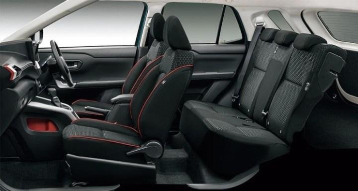 Interior Kabin urban SUV anyar