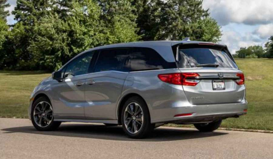 2022 Honda Odyssey Redesign is available in five trim levels, namely the LX, EX, EX-L, Touring, and Elite. The Odyssey sold 83,409 units in 2020