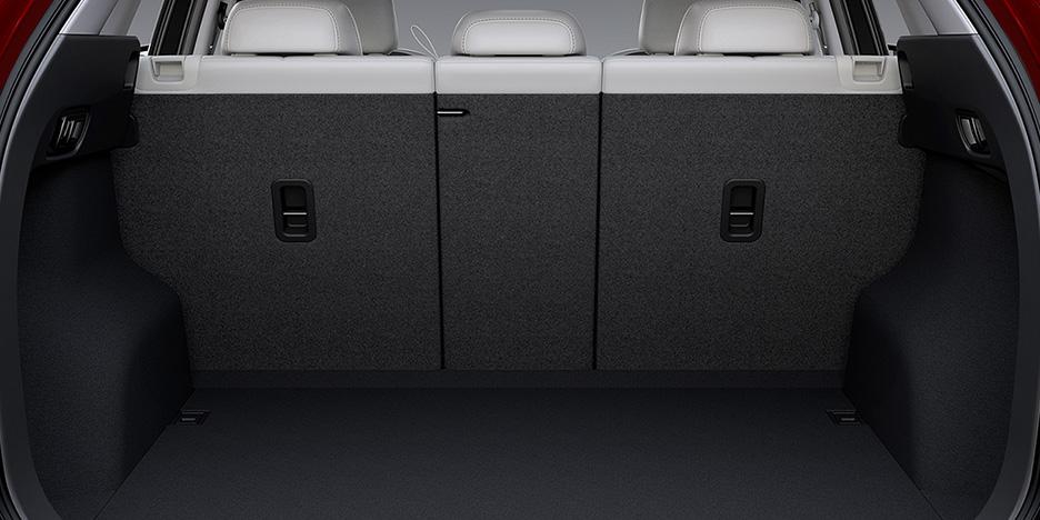 新型CX-5ラゲッジスペース荷室