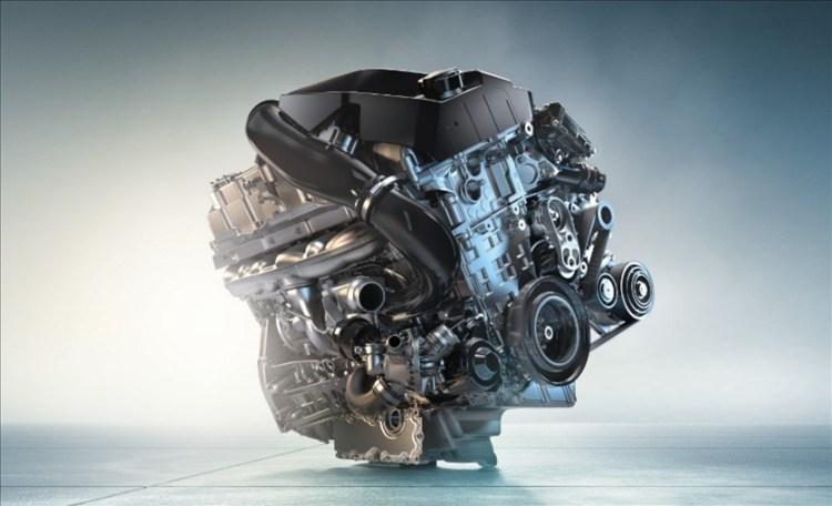 新型X1(BMW)の実燃費が悪い?ディーゼルとレギュラーの違い、GLAとQ3とも比較!