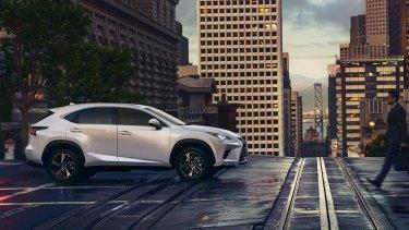 新型レクサスNXの価格をライバル車と比較。輸入車プレミアムSUVと比較するとお買い得感MAXでしょうよ!