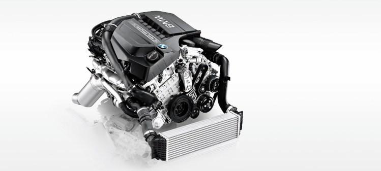 BMW新型X3の実燃費について知ろう。ディーゼルは優秀だけどライバルのGLC、Q5と比べてどう?