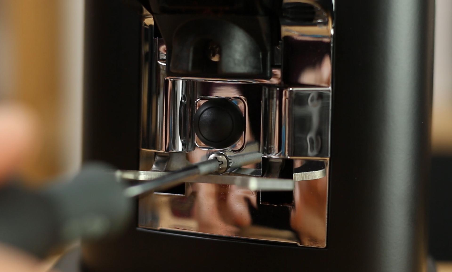 First Impressions: Victoria Arduino MDH Espresso Grinder via @carvetiicoffee