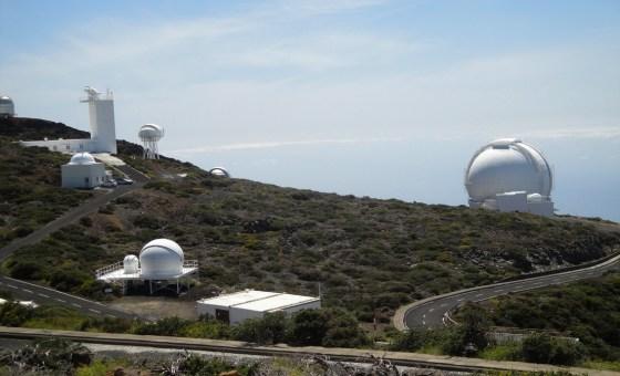 Telescope W.HERSCHEL (à droite)