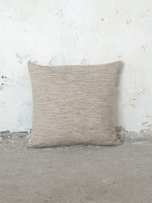 μαξιλαρι-καναπε-45×45-nima-blade-beige