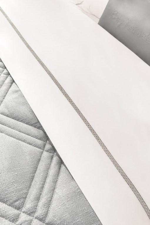 παπλωμα-υπερδιπλο-σετ-sateen-220×240-guy-laroche-gossip-silver-3