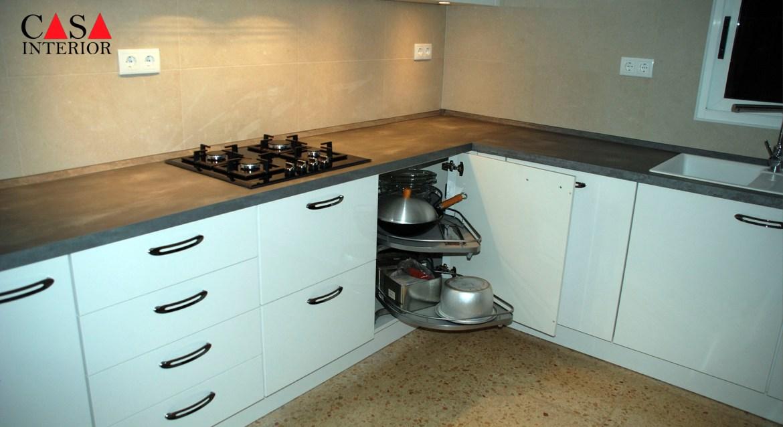 Küchentime Flash Alpine White High Gloss Alfaz del Pi - Pull Out Corner Unit