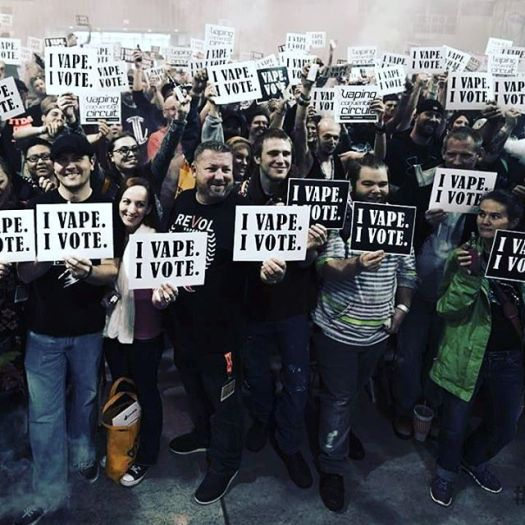 IVapeIVote Crowd Shot