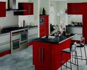 Remodelação de cozinha por medida vermelha