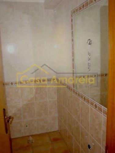 Remodelação de casa de banho pequena em Lisboa