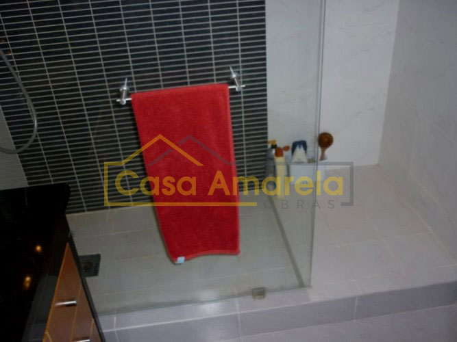 Substituição de banheira por base de duche no Porto