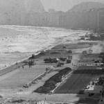 Projeto: a remodelação da Avenida Atlântica permitiu a instalação de um interceptor oceânico na Zona Sul - acervo.oglobo.globo.com