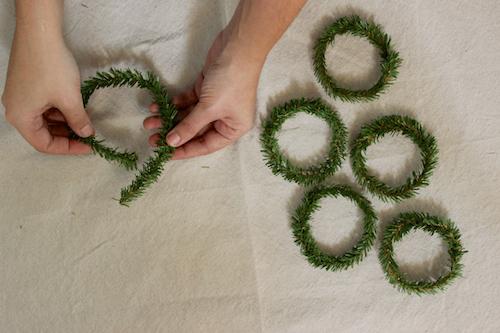 Mini-Wreath-Gift-Tags-6
