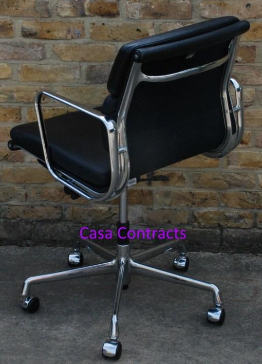 Vitra Eames EA217 Soft Pad Black Leather 4
