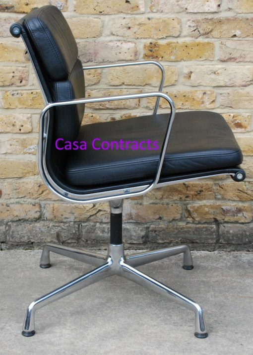 Vitra Eames EA208 black leather Soft Pad Chair 4