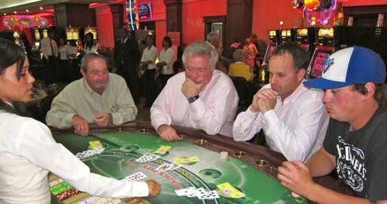 Играть бесплатно казино диамант 7 король покера 2 играть онлайн бесплатно полную версию на русском