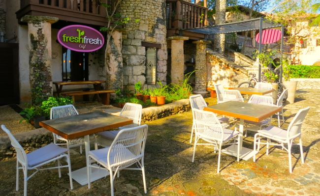 FRESH FRESH Café Altos de Chavon