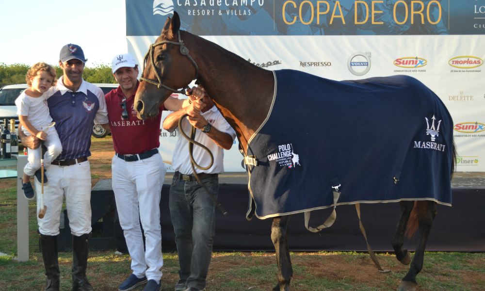 Juan Martin Nero and Horse receive honor