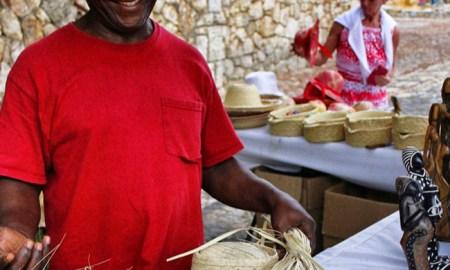 weaving Altos de Chavon