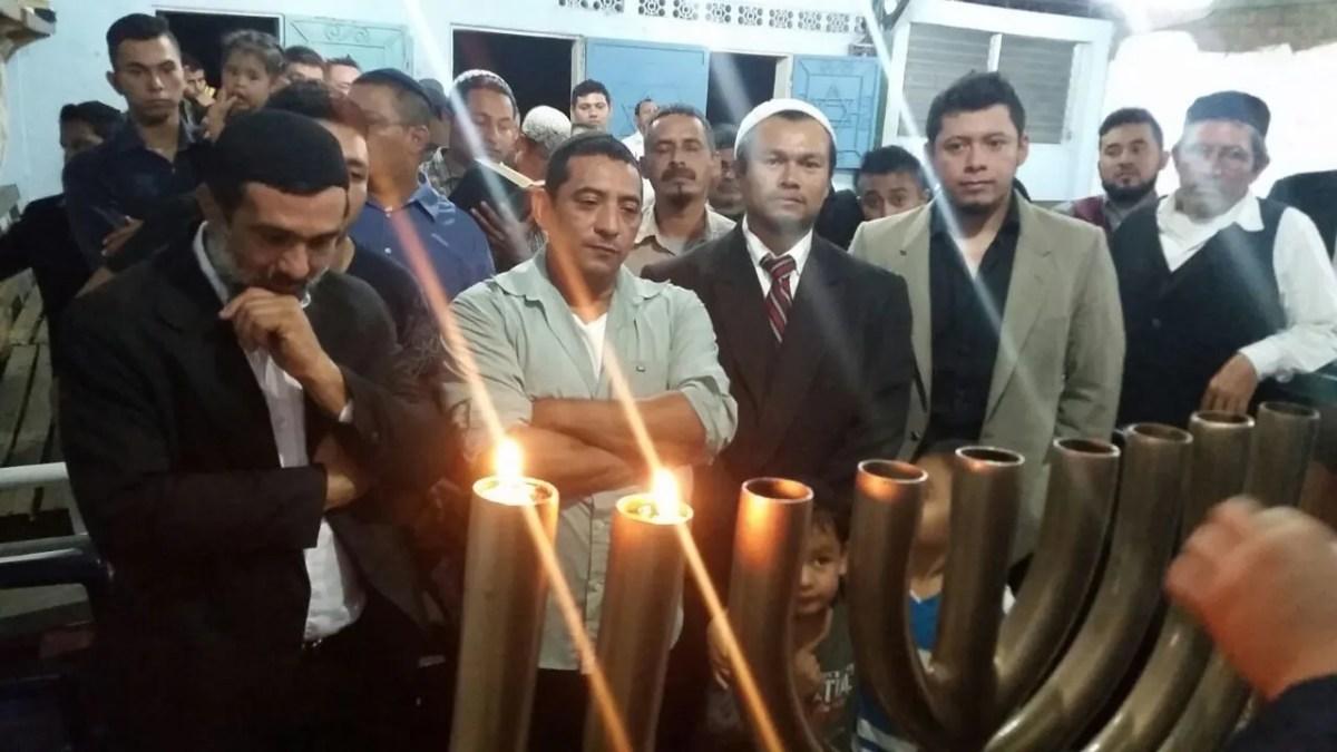 Shavei Israel Celebra Chanuká: Bnei Anussim em Portugal, San Nicandro e El Salvador