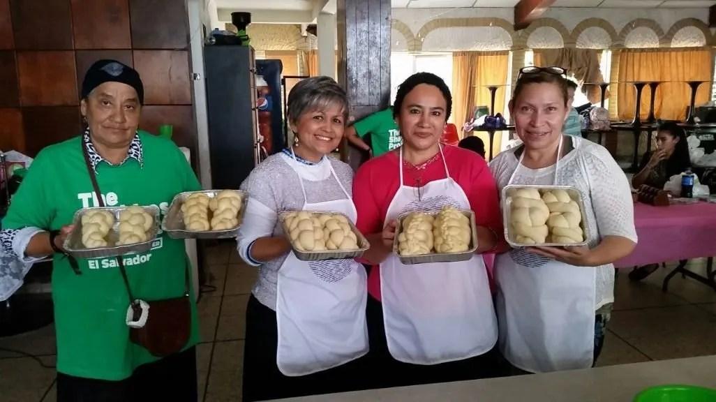 Preparando Chalót em El Salvador