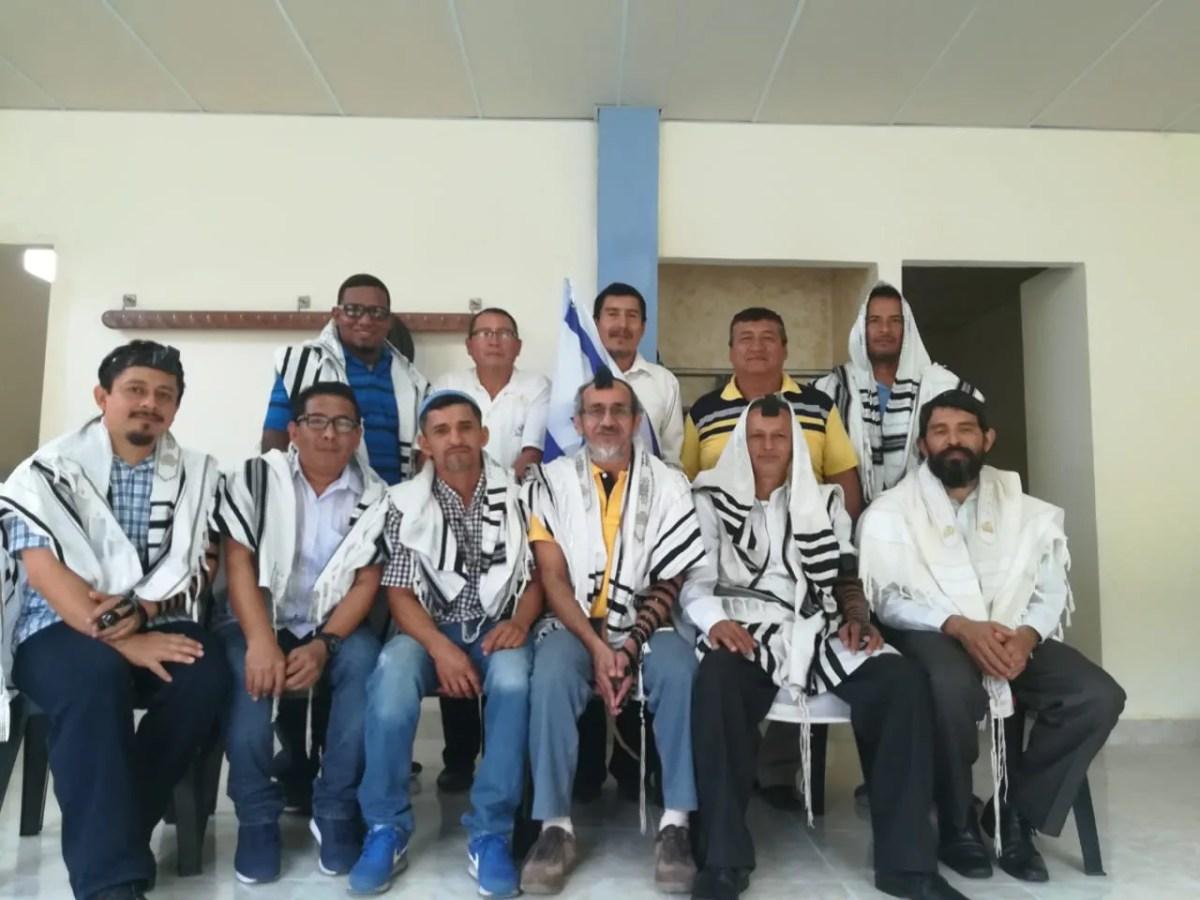 Emissário da Shavei Israel visita a comunidade Beit Toldot, do Equador