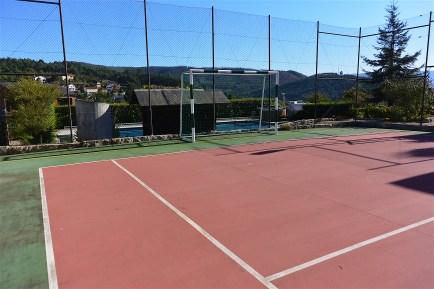 Campo de Ténis e Futsal