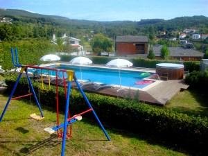 Parque Infantil, Piscina e Jacuzzi