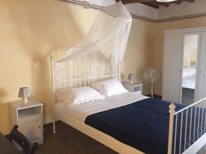 casaleoneitaly_smallbedroom3