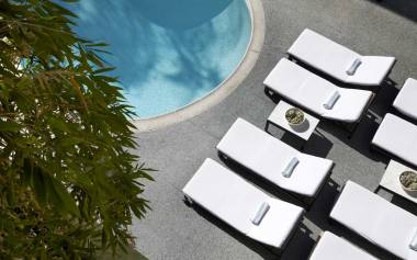 g-pool-chairs