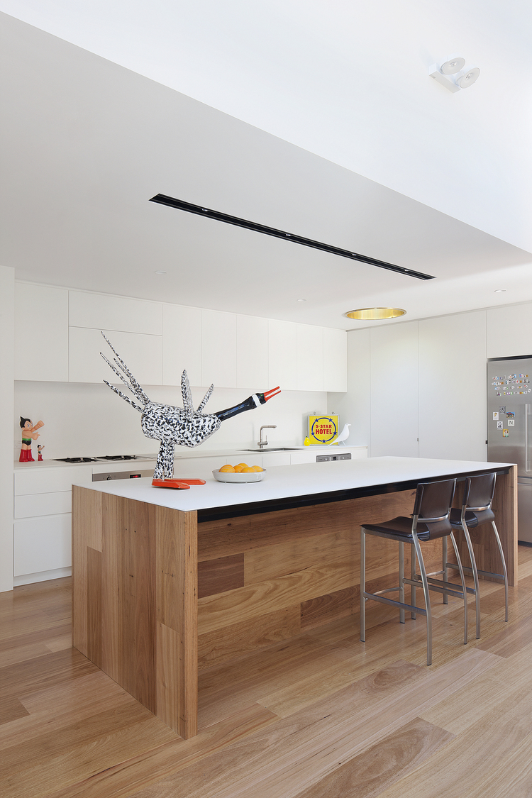 bower-kates-interior-kitchen-white-timber
