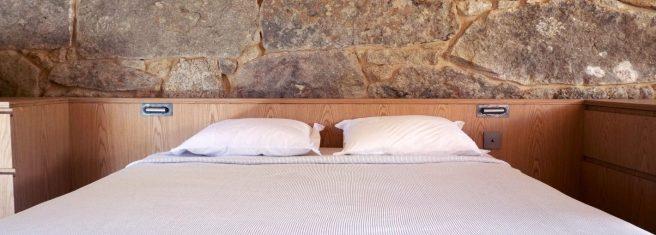 bedroom-1420x510