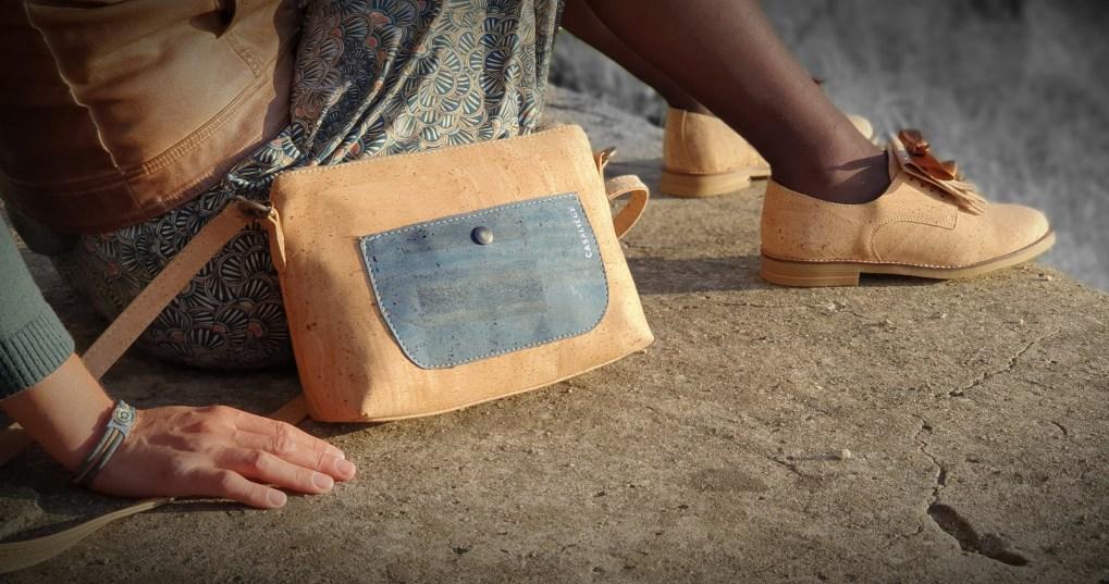 Bracelet, sac à main et chaussures en tissu de liège. Casaliège