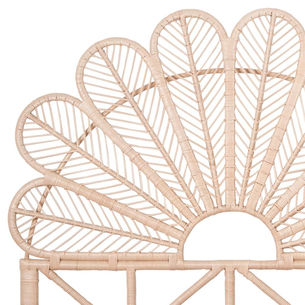 tete de lit en bambou et rotin petal