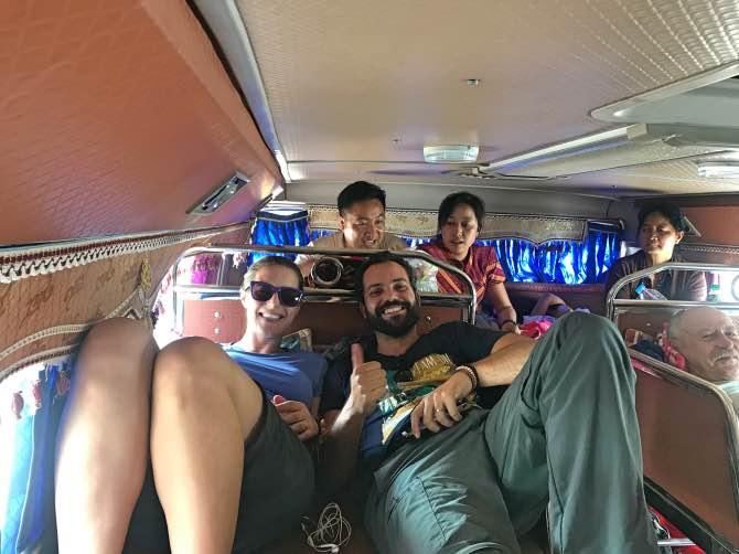 Como ir da Tailândia para o Laos - nosso ônibus até Luang Prabang