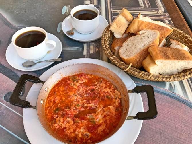 comidas típicas da turquia menemen