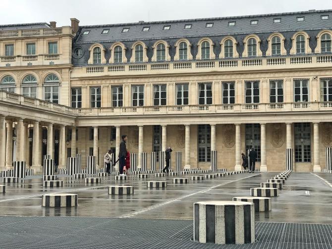principais atrações de paris Les Colonnes Buren