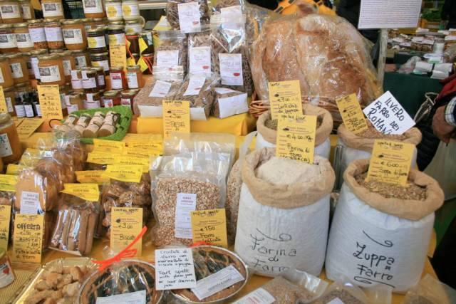 San Teodoro Market products