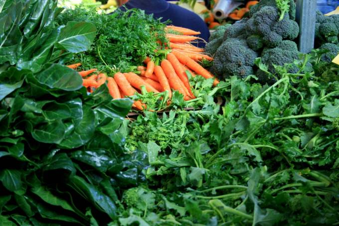 cabbage, broccoli and carrots in Italian markets