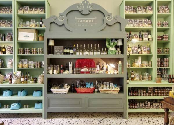Small Italian businesses: Tabarè in Ortigia