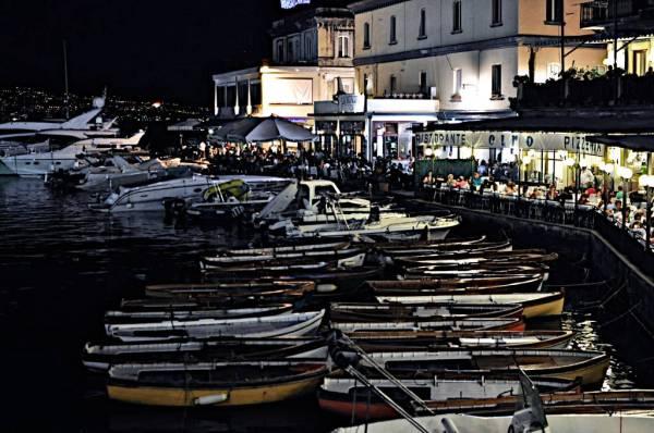 Naples_waterfront