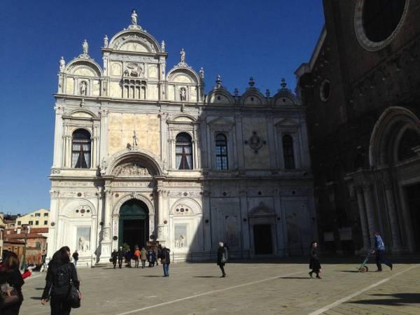 planning 48 hours in Venice · www.italyfoodandwinetours.com