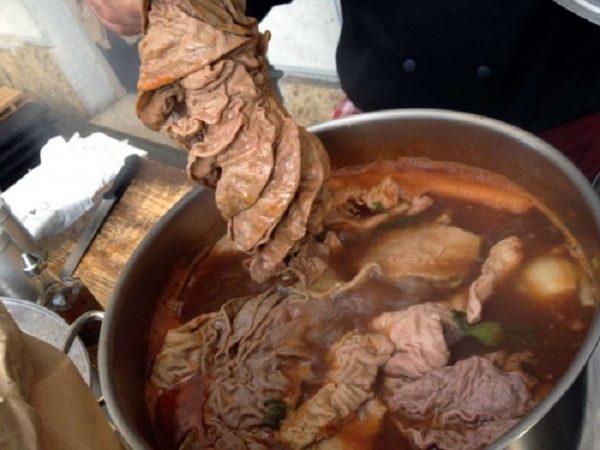 lampredotto is tuscan street food · www.italyfoodandwinetours.com