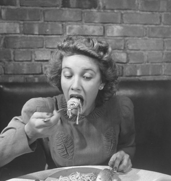 Eat like an Italian · www.casamiatours.com