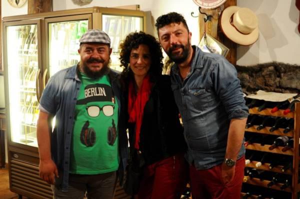 Agorà Owners & Gina