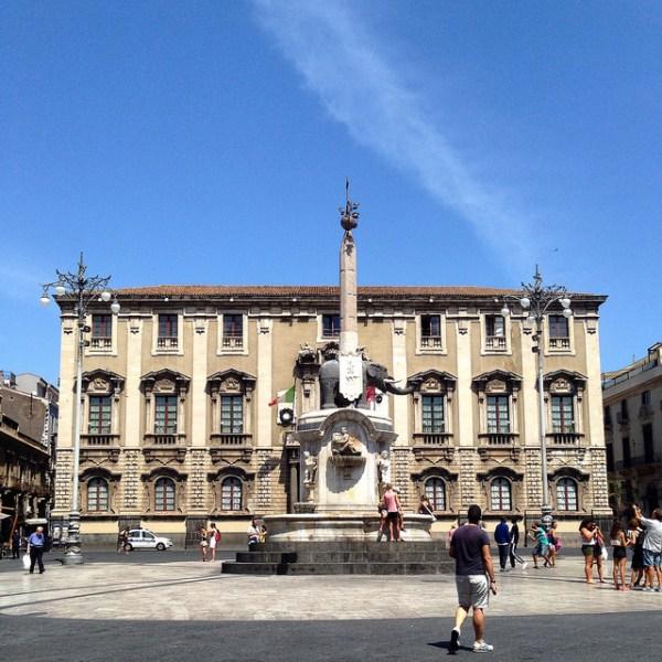 Catania · www.italyfoodandwinetours.com