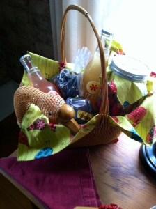 Vegan gift baskets catskill animal sanctuary t a sweet tooth anniversary gift basket non alcoholic negle Choice Image
