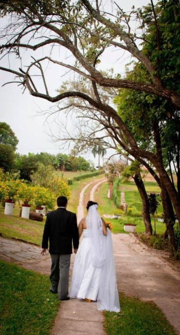 casamento-economico-chacara-campinas-sao-paulo-decoracao-amarela-e-verde (8)
