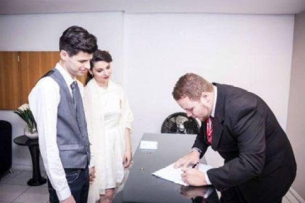 casamento-economico-civil-sao-paulo-retro-recepcao-lanchonete-anos-50-mini-wedding (1)