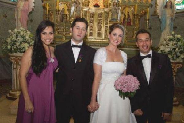 casamento-economico-retro-anos-50-curitiba-parana-vestido-de-noiva-curto-festa-salao-da-igreja (32)